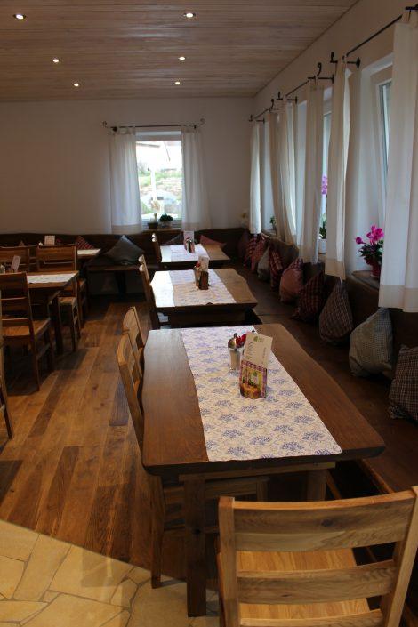 Kaiser's Cafe